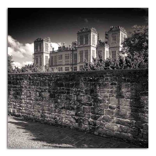 hardwick-hall-from-the-drive