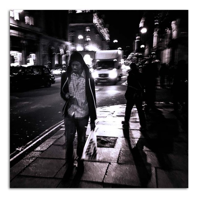 nightime-in-picadilly-02