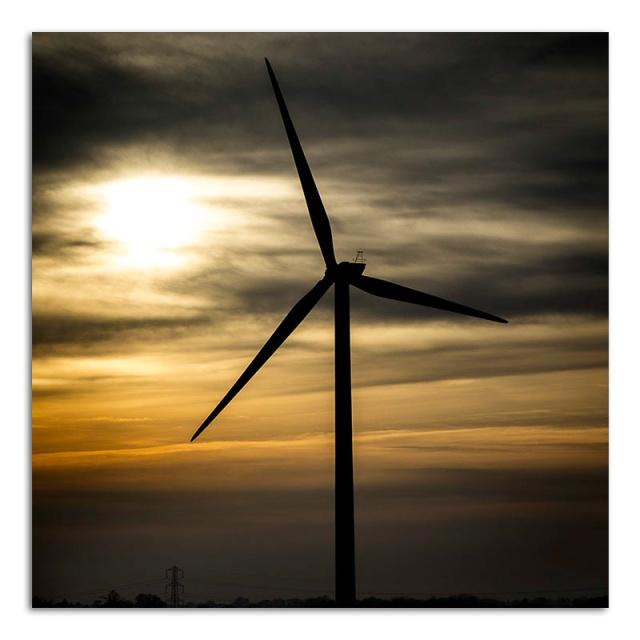 wind-turbine-at-dusk
